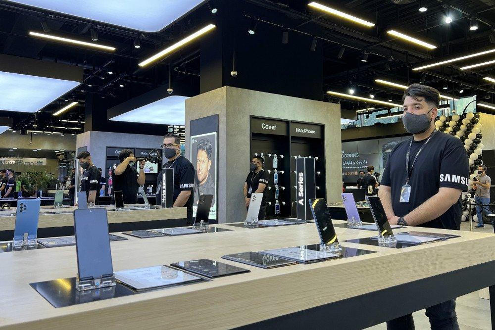 «دیجی سرویس» بزرگترین فروشگاه سامسونگ موبایل ایران را افتتاح کرد