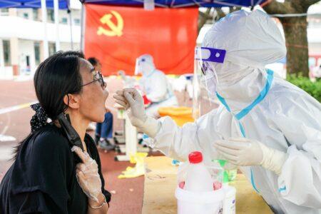افزایش شمار مبتلایان به کرونا در چین: دولت درباره موج جدید شیوع کووید-۱۹ هشدار داد