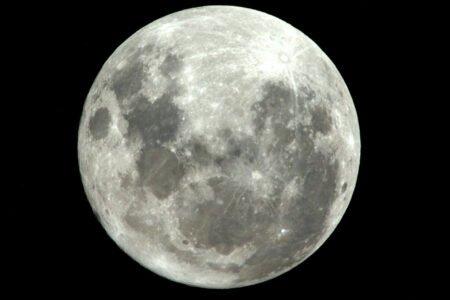 صخرههای ماه، رکورد جوانترین مواد قمری را ثبت کردند: ۱.۹۷ میلیارد سال سن