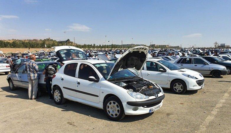وزیر صمت: خودرو سال آینده ارزان میشود
