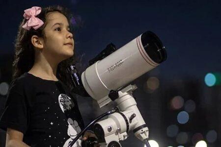 دختر هشت ساله برزیلی لقب جوانترین ستارهشناس جهان را از آن خود کرد