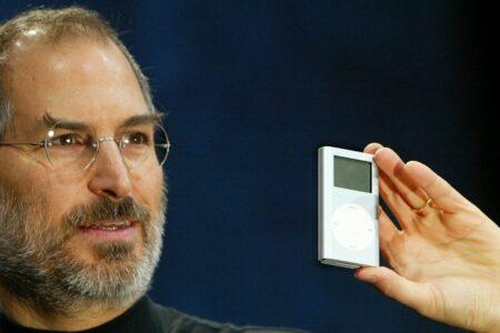 دو دهه پیش در چنین روزی استیو جابز از آیپاد رونمایی کرد