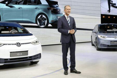 تا ۵۰ درصد کمهزینهتر؛ توصیه مدیرعامل فولکس واگن به مشتریان برای خرید خودروهای برقی